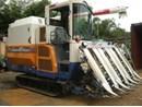 Máy gặt đập liên hợp Iseki HJ682G