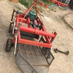 Máy thu hoạch của khoai tây khoai lang, đậu phộng