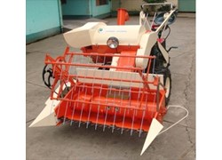 Máy gặt đập liên hợp HB110