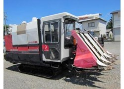 Máy gặt đập liên hợp Mitsubishi MC6000