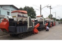 Máy gặt đập liên hợp Kubota DC60 đã qua sử dụng