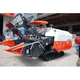 Máy gặt đâp liên hợp, kubota 688Q