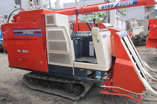 Máy gặt đập liên hợp kubota R1-351 hinh anh 1