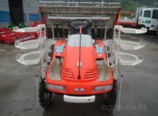Máy cấy lúa sáu hàng Daedong S1-600R hinh anh 1