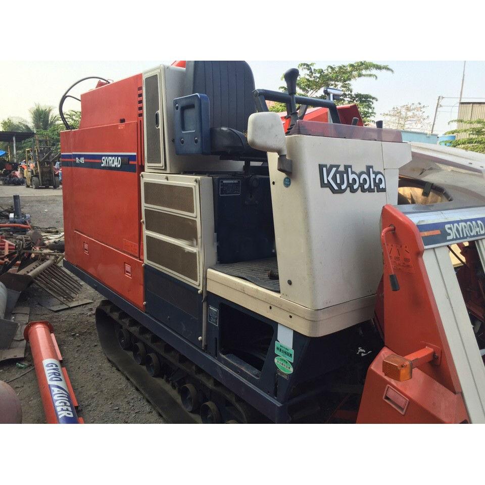 Máy gặt đập liên hợp Kubota R1-45 hinh anh 2