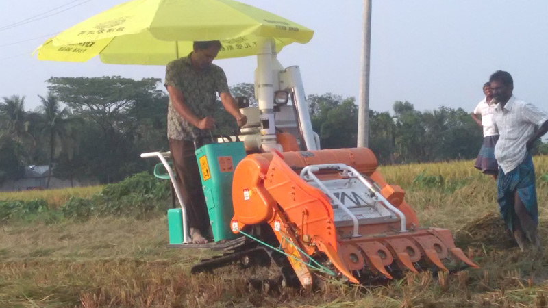 Máy gặt lúa mini 4LBZ-110 hinh anh 5