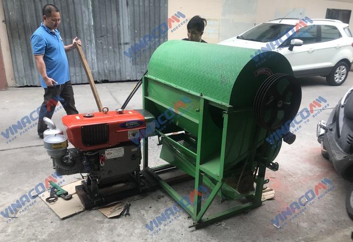 Máy tuốt lạc liên hoàn chạy động cơ dầu  hinh anh 8