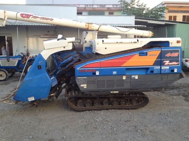 Máy gặt đập liên hợp Iseki HA442 hinh anh 4
